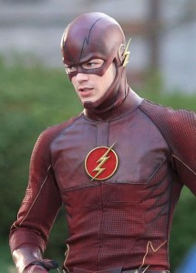 """Ma photo préférée de cette série provenant du tournage du pilote de """"The Flash"""""""