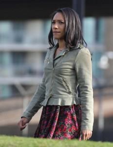 Iris West, l'amoureuse de Barry Allen, jouée par Candice Patton