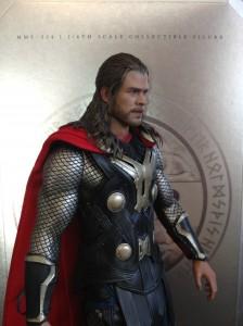Thor : The Dark World (2014) vue 3/4